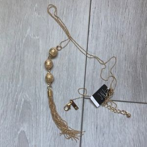 NWT INC Woman Necklace